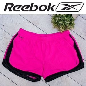 🎗Reebok🎗Shorts Breast Cancer Edition LARGE